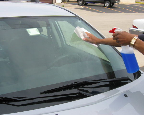 Car window cleaning without leaving film or streaks